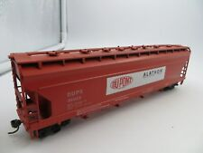 HO SCALE ATHEARN  DUPX #36028 DUPONT 55' CENTER FLOW 4 BAY COVERED HOPPER