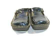 INGARO Womens Stock Happy Patent Leather Blue Marbel Print Clogs Shoes Sz 7.5
