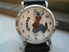 Genuine Vintage new in the box DISNEY/PEDRE GOOFY backwards watch
