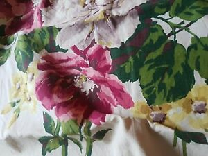 """Floral Pillow Sham 22x 22"""" Pink cream floral Chic not Shabby 23"""" panel free ship"""