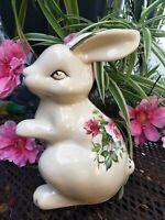 Vintage Easter Bunny rabbit Figurine decoration gold roses flowers porcelain