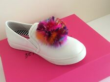 Betsy Johnson White Trixy Multicolor Feathers Fashion Sneakers Size 7.5 (#1)
