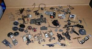 "% Lionel O Gauge Trains .. ""Large Assortment of Lionel Locomotive Parts"""