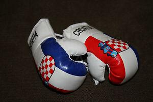 CROATIA / CROATIAN FLAG Mini Boxing Gloves ORNAMENT