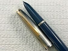 NAVY BLUE PARKER 21 DELUXE FOUNTAIN PEN - SS FLUTED CAP with GOLD PLATED CLIP
