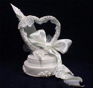 Keepsake Fantasy Butterfly beauty Wedding Cake Topper Country western garden