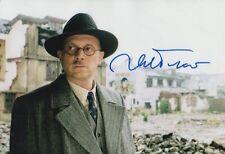 """Ulrich Tukur """"John Rabe"""" autographe signed 20x30 cm image"""