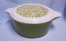 Pyrex 2-piece oval casserole dish Avocado green 2.5 qt,  w/Lid Mistletoe pattern