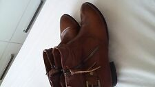 Ladies boots by unknown,leather,size6,used,excellent condition