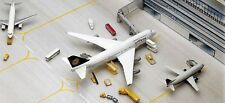 Herpa 519472 Set of 19 Vehicles & Accessories 1/500 Scale Airport Diorama New