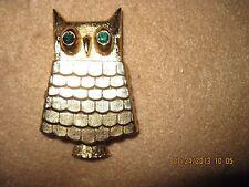 Vintage GORGEOUS Avon OWL GLACE PIN...1969...HAS JEWEL EYES/PERFUME..#476
