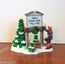 Dept 56 New England Village Fresh Paint #56592 Nib (Y113)