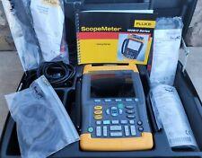Fluke 199c Digital Oscilloscope Light Use With Case Manual Amp Accessories