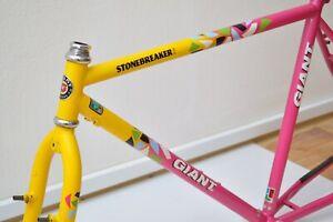 vintage GIANT STONEBREAKER steel Atb FRAME, 90s neon 26er retro mountain bike