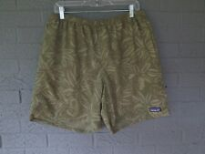"""PATAGONIA MENS 7"""" BAGGIES SHORTS IN GREEN HIBISCUS CAMOUFLAGE SIZE LARGE L"""