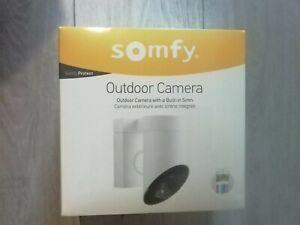 Outdoor Camera exterieure avec sirene integree SOMFY Neuve.