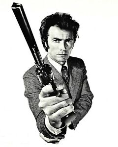"""CLINT EASTWOOD AS """"DIRTY HARRY"""" IN """"MAGNUM FORCE""""  8X10 PUBLICITY PHOTO (OP-274)"""