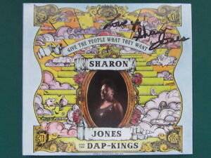 SHARON JONES AND THE DAP-KINGS [SOUL] Give The People What They Want - SIGNED CD