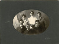 Antique Photo-Finis Dell-Family Group of 6