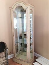 Drexel Heritage Neutral Tone, Hand-Painted, Lighted, Curio Cabinet ~ Very Nice!