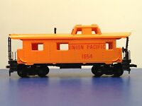 "HO Scale Tyco Brand ""Union Pacific"" 1654 Freight Train Caboose Car"