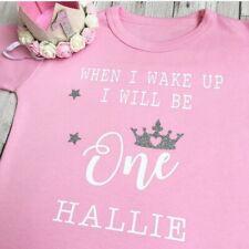 Quand je me réveille Anniversaire Personnalisé pyjama et un set plastron Garçon Fille