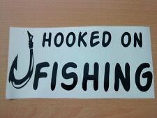 Hooked On de aparejos de pesca Caja Vinilo coche barco van pegatina rótulo cebo Fly Reel