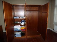 Kleiderschrank       Tischlerarbeit - handgemacht -