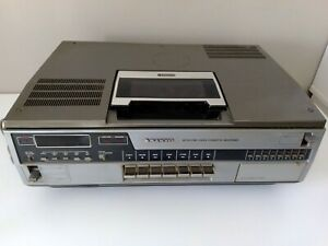 Sony Sanyo Betamax VHS Tape Player Video Cassette Recorder with Tapes TESTED