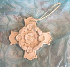Margaret Furlong 1998 3� Blooms Of Hope Cross With Wreath