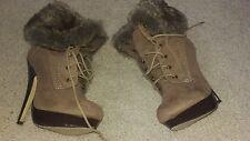 Ladies fur boots size EU35/UK 2