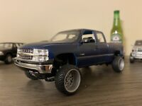 Revell '99 Silverado CK Chevy Pickup 1:25 CUSTOM LIFTED