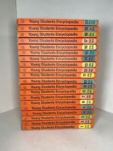 Funk & Wagnalls 1972 Young Students Encyclopedia Complete Set Volumes 1-20