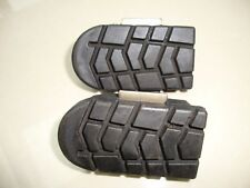 KTM 640 2009 DUKE PILLION FOOTREST RUBBER MOUNTS OEM PART 600.03.040/041.010