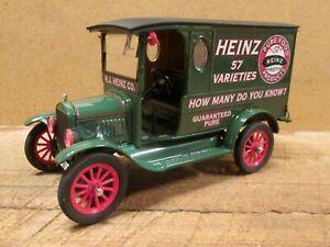 1920s HEINZ DELIVERY TRUCK, FORD MODEL T, 1:24 Scale - DANBURY MINT, Mint in Box