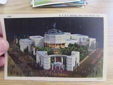 VINTAGE - A.T. & T. BUILDING, 1939 NEW YORK WORLD'S FAIR. - POSTCARD