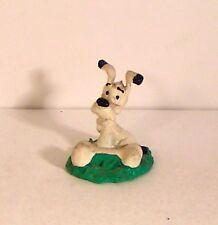 figurine série astérix bully 1990 -  idéfix sur socle