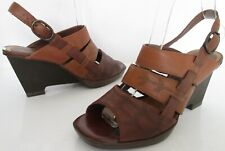 CLARKS SIZE 4 WOMENS BROWN STRAPPY ANKLE STRAPS SANDALS OPEN TOE WEDGES SHOES