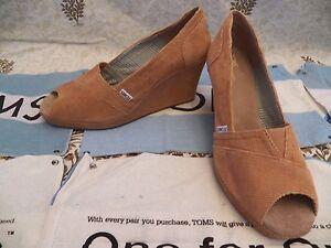 New Womens TOMS Wedge Corduroy Camel Chestnut Peep Toe High Heel Dress Shoe