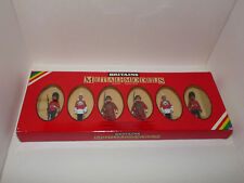 BRITAINS, 7226. LIFEGUARD, SCOTS GUARD, YEOMAN OF THE GUARD, MÉTAL. 1:32. Neuf