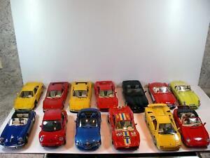13 Modellautos/  Sammlung Burago *Corvette/Ferrari/VW/Jaguar/Porsche u.a * 1:18