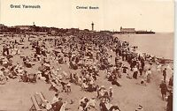 POSTCARD   NORFOLK     GREAT  YARMOUTH    Central    Beach