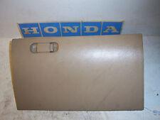 2004 Honda Civic 2dr coupe EX tan glove box compartment