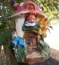 Skulpturen mit Standard-Größe und Gartenzwerge-Motiv