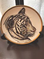 1994 White Tiger Plate By Guy Coheleach. Lenox Collections.
