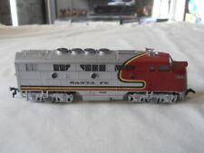 Model Power HO Scale Santa Fe Engine