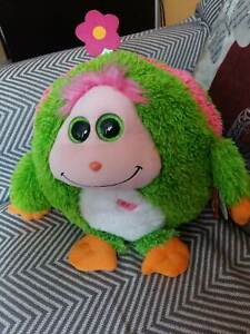 Musical plush Ty Monstaz Daisy Year 2013. New with tags