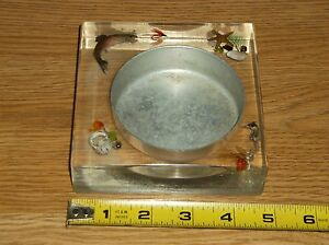 VINTAGE LUCITE CUP? HOLDER/?/ASHTRAY-BEACHFISHING//NAUTICAL-FISH/HOOK/SHELLS