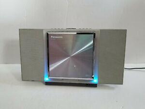 Panasonic SL-J900 Square Portable CD Player w/Recharging Dock & Built-in Speaker