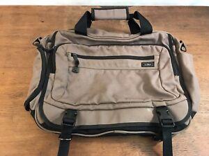 LL Bean Traveler Messenger Backpack Carry-on Laptop Courier Bag Soft Case (B2)